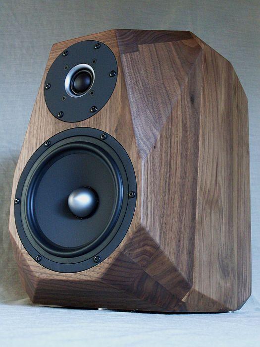 die besten 25 stereo lautsprecher ideen auf pinterest stereo lautsprecher design. Black Bedroom Furniture Sets. Home Design Ideas