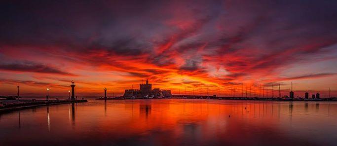Goodnight from beautiful Rhodes! God natt,Buenas noches,Dobrú noc,Спокойной ночи,Dobranoc,Buonanotte,Καληνύχτα,Bonne nuit,Gute Nacht!