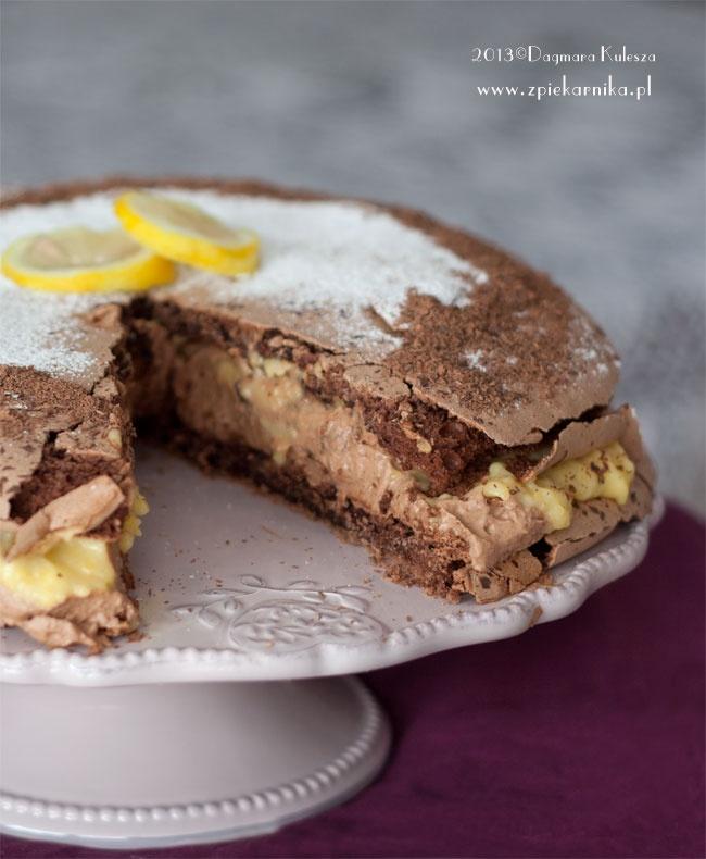 Bezowy tort czekoladowy z lemon curd ~ Z PIEKARNIKA