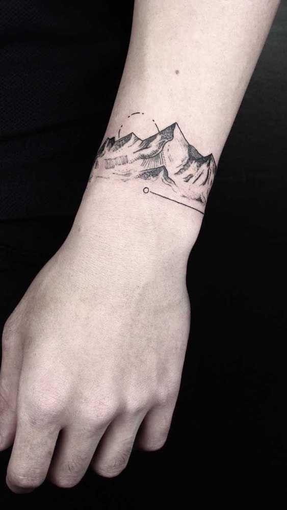 Tatuagem bracelete: tipos, estilos, cuidados e fotos inspiradoras | Tatuagem bracelete, Tatuagem, Tatuagem masculina antebraço