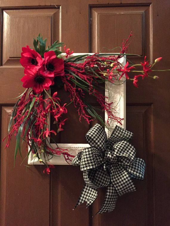 All season wreath by VdesignsByVicki on Etsy