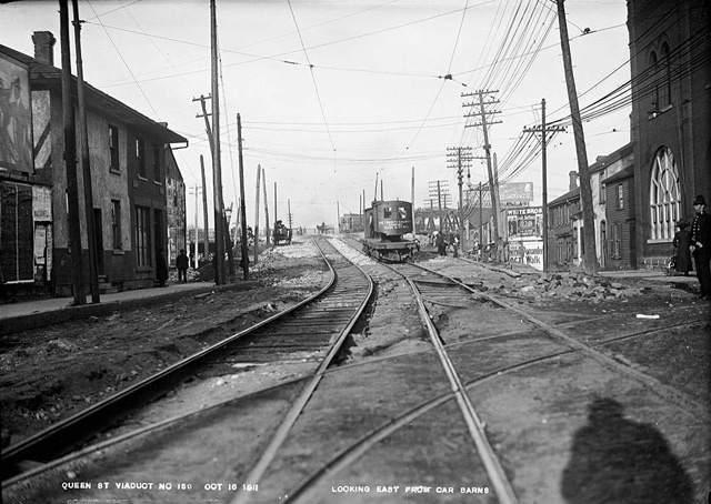 King Street looking east to Don Bridge from car barns, October 16, 1911. City of Toronto Archives, Fonds 1231, Item 487.