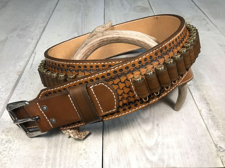 Leather Cartridge Belt / Cowboy Western by RavenHornLeather on Etsy https://www.etsy.com/ca/listing/584643405/leather-cartridge-belt-cowboy-western