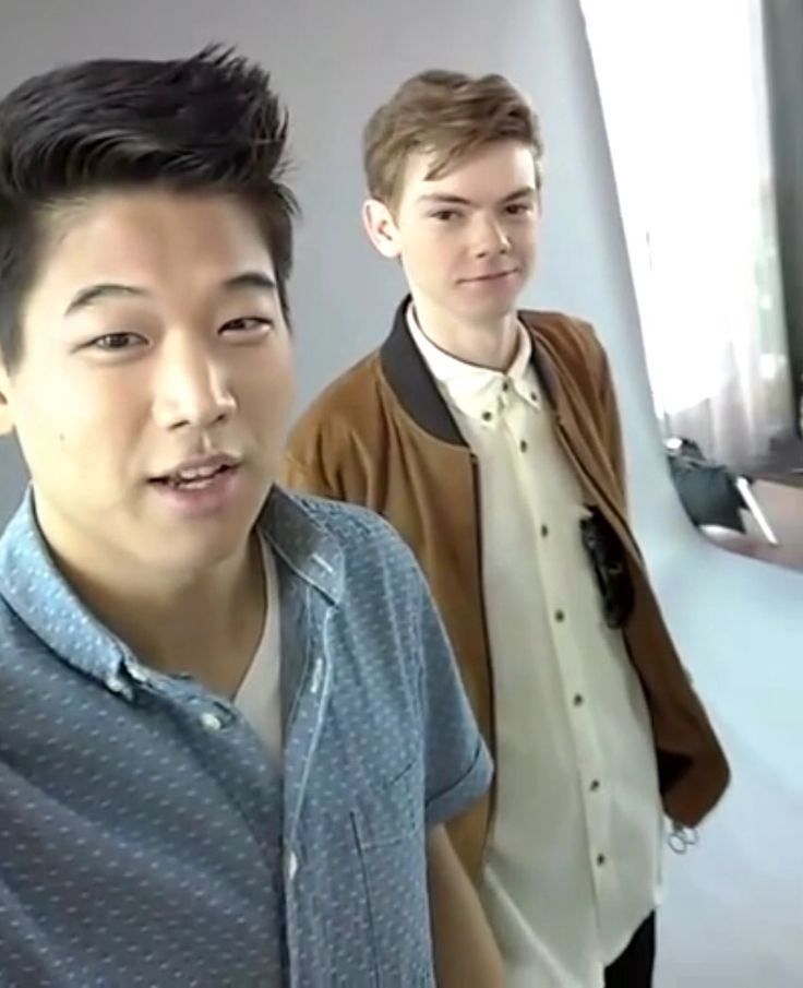 ✌︎Snapchat Ki Hong Lee & Thomas Brodie-Sangster✌︎