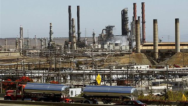 How to Buy a City: Chevron Spends $3 Million on Local California Election to Oust Refinery Critics (Amy Goodman, Democracy Now, 31 Ocotber 2014)
