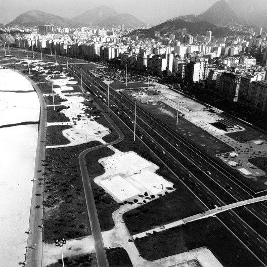 Vista aérea do Parque do Flamengo Foto Marcel Gautherot [Escritório Burle Marx]