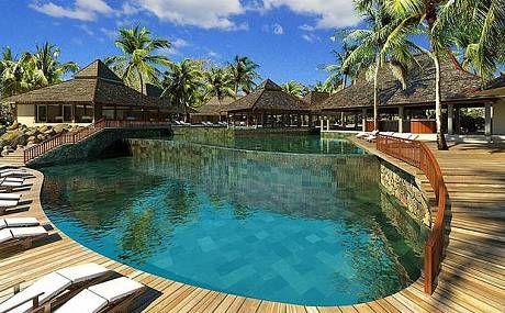10 romantic Mauritius hotels.