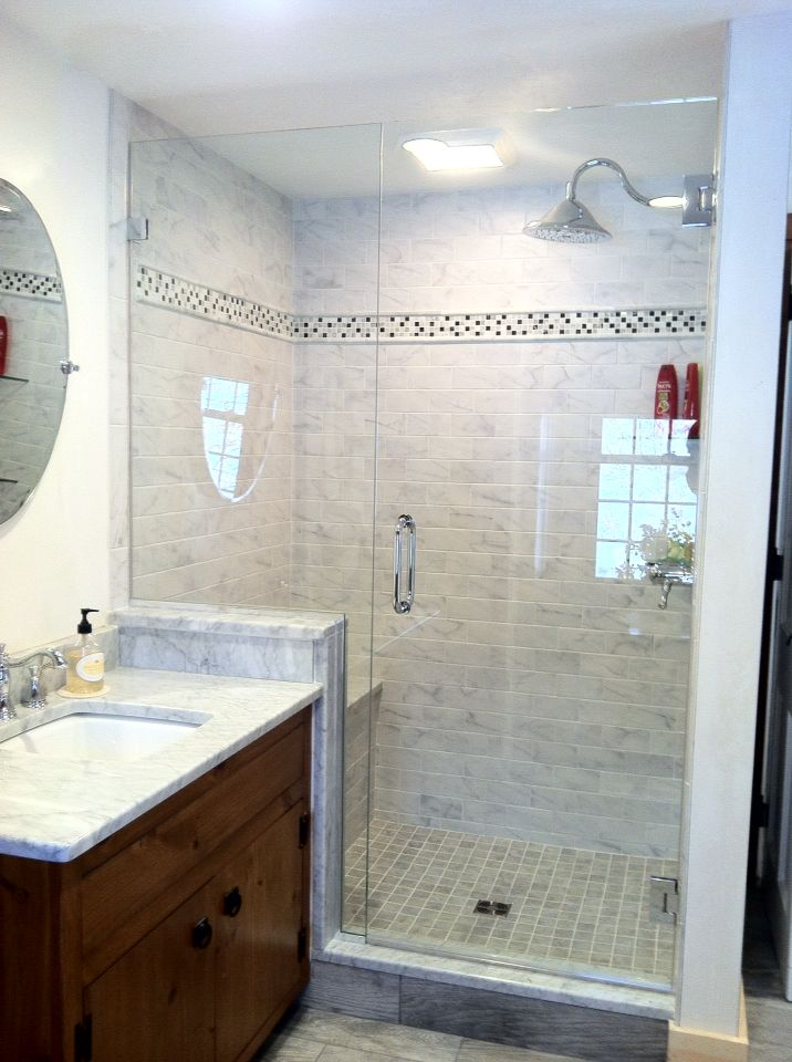 tile shower with knee wall and seat
