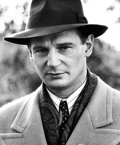 What is a good thesis statement of Oscar Schindler changing in the movie, Schindler's List?