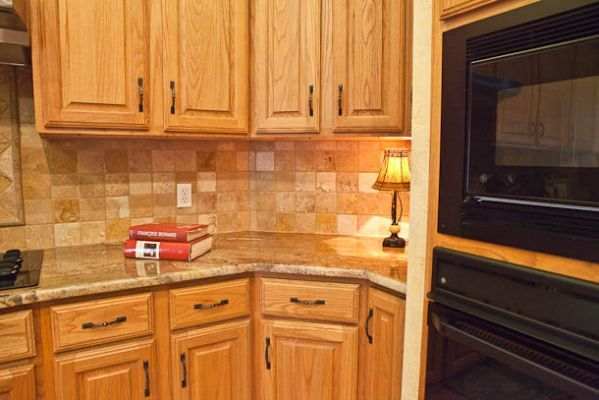 pictures of kitchens with oak cabinets and granite countertops - Yahoo Search Results