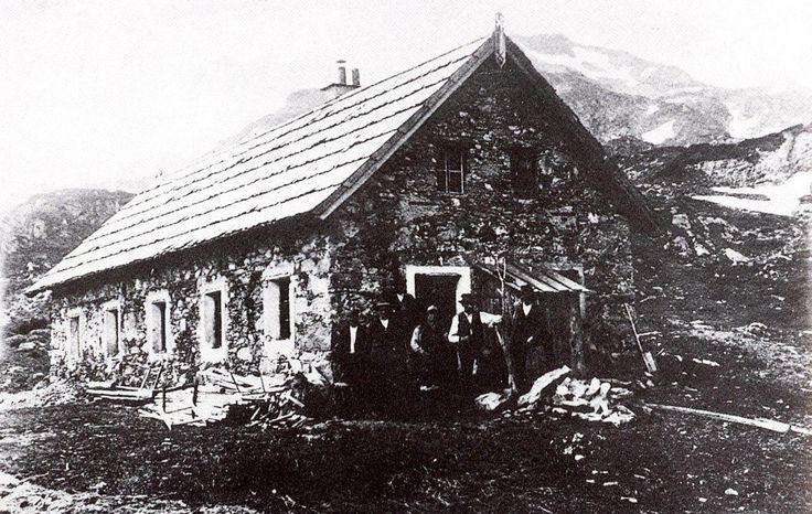 Das alte Knappenhaus, das als Almhütte genutzt wurde.