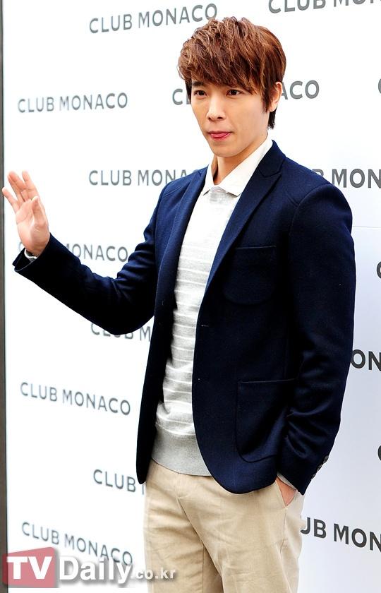 donghae @ monaco smth 2
