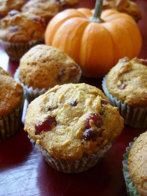 Meet The Shannons: The Betty Crocker Project : Pumpkin Cranberry Muffins