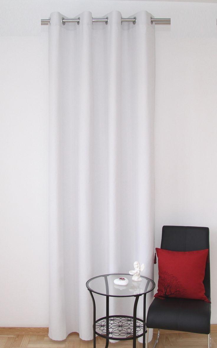 Zasłona na przelotkach w kolorze jasnoszarym