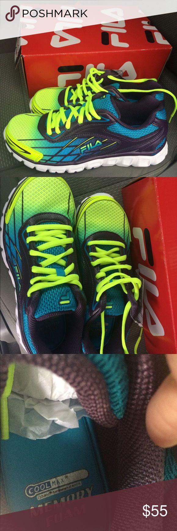 FilA Cool Max Memory Foam Sneakers blue/multi New in box. Size 6.5 Memory foam Fila Shoes Athletic Shoes