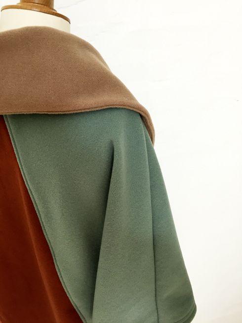 cape femme col croisé noeud laine cachemire liberty mode vintage carreaux hiver couture création british