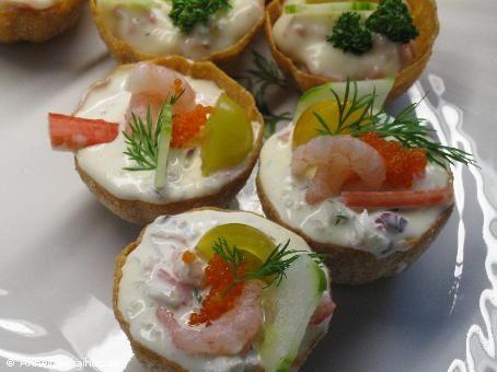 Recept krustader med skagenr ra food pinterest for Canape ideas jamie oliver