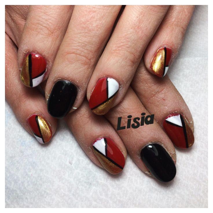 Semipermanente con nail art