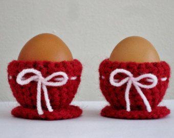 Mână croșetat oua Cupe la roșu - Easter Egg Cupe - Spring oua cozies - oua Incalzitoare - Decor Pasti - Home Decor