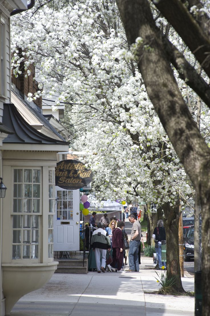 "@Bridget Sutton Travel named Newtown in Bucks County as one of the ""top 10 coolest small towns in America."""