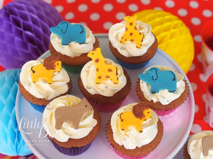 Little Dot Zoo Animal Cupcakes