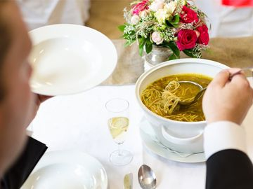 Gastronomia - catering na wesele, candy bar na wesele, torty weselne, dekoracje cukierniczne