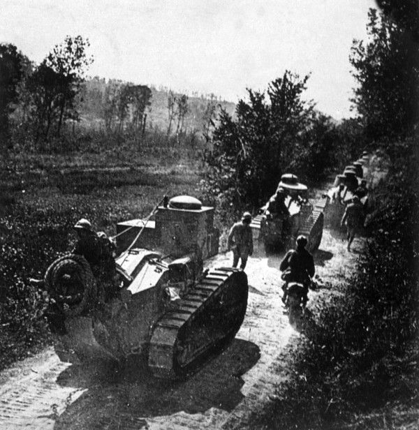 World War I, French Renault tanks moving to the front, 1917