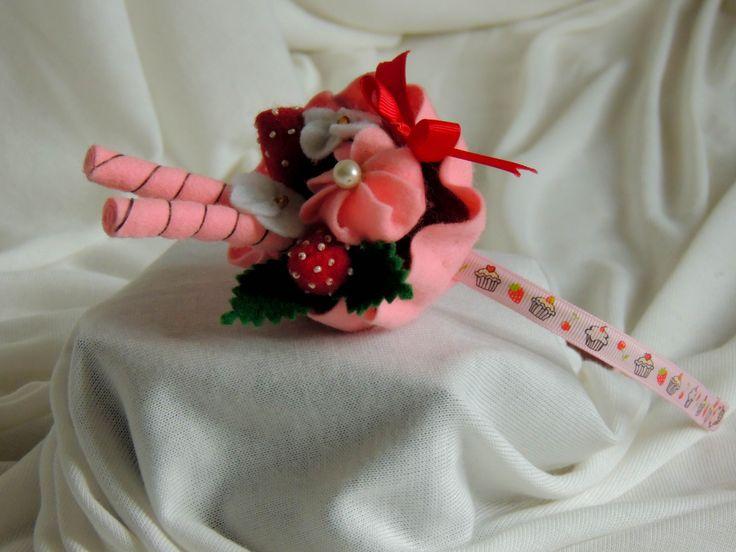 Čelenka filcová  růžová - dortík.Cena za jeden kus 540,- Kč (21 euro)