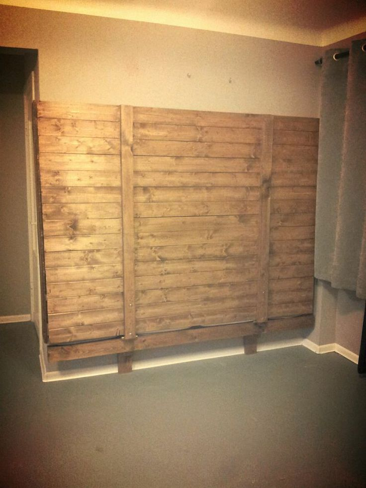 Pullman bed made with pallets 3