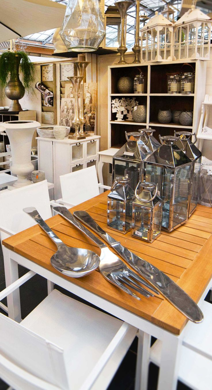For a big meal you need big cutlery! #decor #idea #cutlery