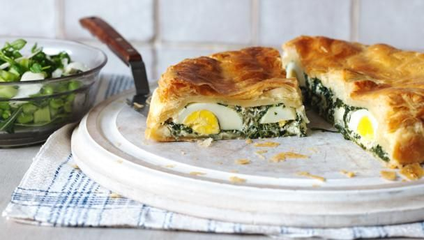 A beautiful vegetarian Easter feast, this authentic Italian pie is stuffed with fresh greens and rich eggs and is perfect for eating throughout the summer.