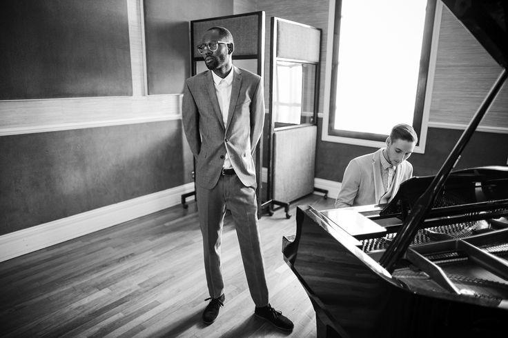 """Ben Sherman e a The Rig Out Magazine se juntarem para fotografar o lookbook para a primavera/verão2013 batizada de """"Jazz Life"""". Com casacos esportivos,"""