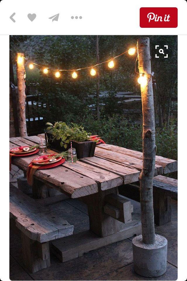 eenvoud, simpel, goedkoop, bankje met lampjes. sfeervol.