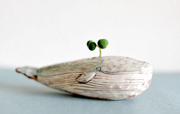 陶芸家 金子佐知恵さんの作品。 どれもかわいいですね。。 ▽ハナライオン ▽ゾウ ▽くさ吹きクジラ ▽ヒツジ 草舟 ku ...