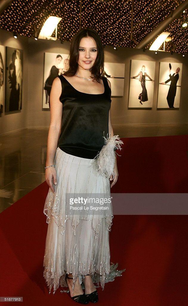 Photo d'actualité : Actress Virginie Ledoyen poses as she arrives to...