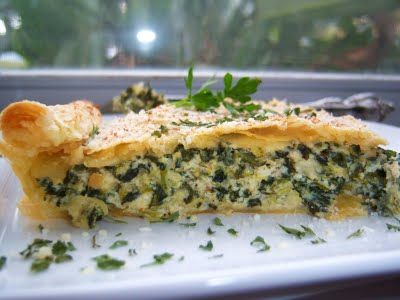 Italian Three Cheese Spinach and Broccoli Pie with Puff Pastry: Broccoli Pies, Cheese Spinach, Style Cuisine, Chee Spinach, Pies Turning, Puff Pastries, Three Cheese, Italian Style, Italian Three