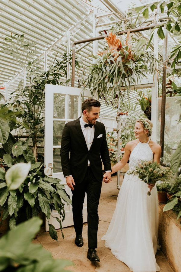 This greenhouse wedding is the sweetest elegant affair | Vic Bonvicini Photography