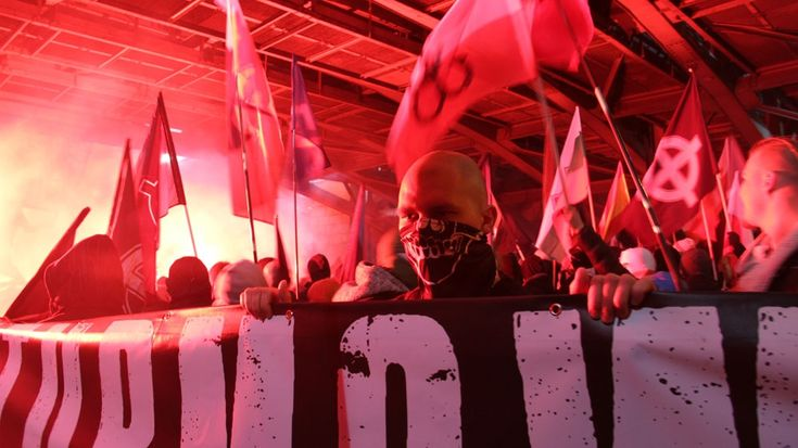 """Why 60,000 people joined a nationalist march in Poland https://tmbw.news/why-60000-people-joined-a-nationalist-march-in-poland  Some 60,000 people attended Saturday's 'Independence March' [Agnieszka Pikulicka-Wilczewska/Al Jazeera]Warsaw, Poland - After some 60,000 people, including nationalists and fascists, gathered in the Polish capital for an """"Independence March"""" on Saturday, the country'sdeep divisions have risen to the fore.This year's event ran under the slogan: """"We want God"""".Typical…"""