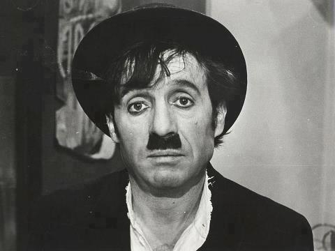 Chespirito - Chaplin