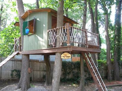 50 Kids Treehouse Designs House tours Decks and Buckets