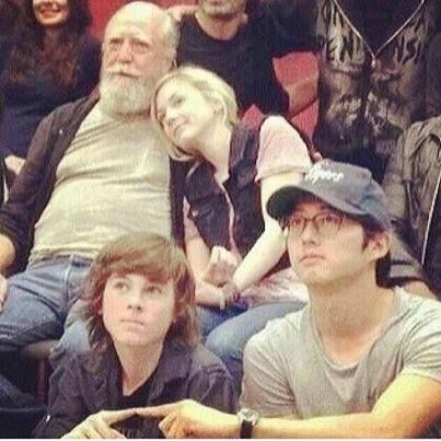 Hershel and Beth having a snuggle and Glenn/Carl in the foreground. Love this photo!