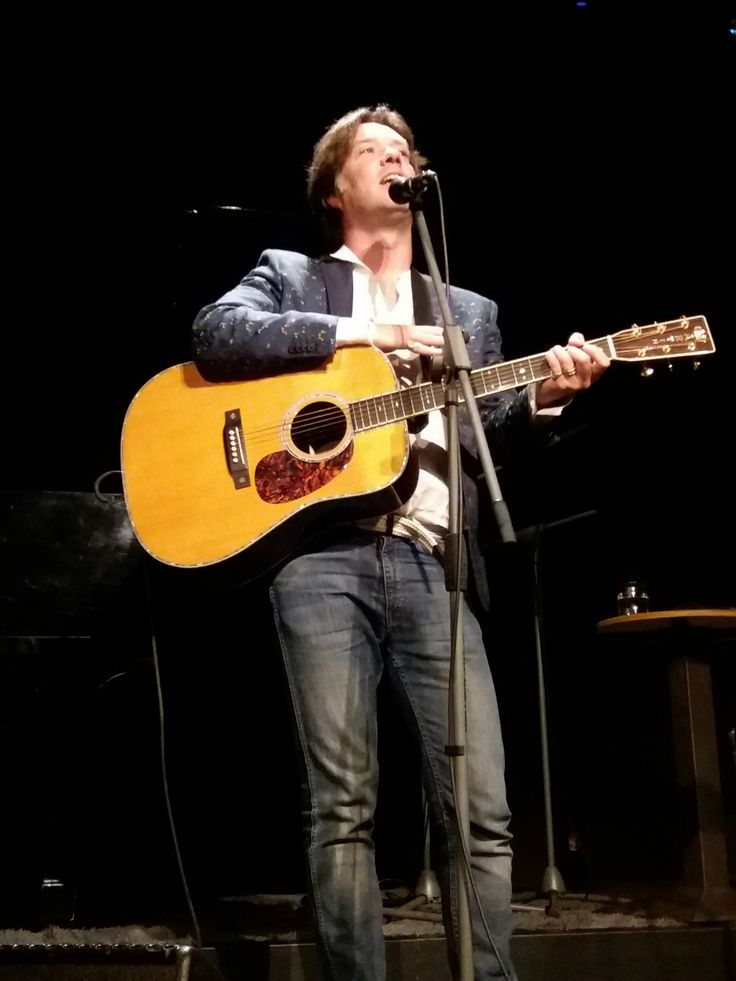The amazing Rufus Wainwright, Live @ Gazarte, Athens, June 2017 Visit www.justelectra.gr for more info, pics and videos!