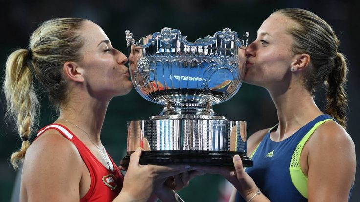 TIMEA & KIKI WIN AO2018 DOUBLES CROWN!... MELBOURNE, Australia (AP) — Timea Babos of Hungary and Kristina Mladenovic of France became the first players from their respective countries to lift the Australian Open women's doubles crown... def Elena Vesnina & Kat Makarova 6-4, 6-3 in 81mins.. via USA Today... pic via Diario AS-