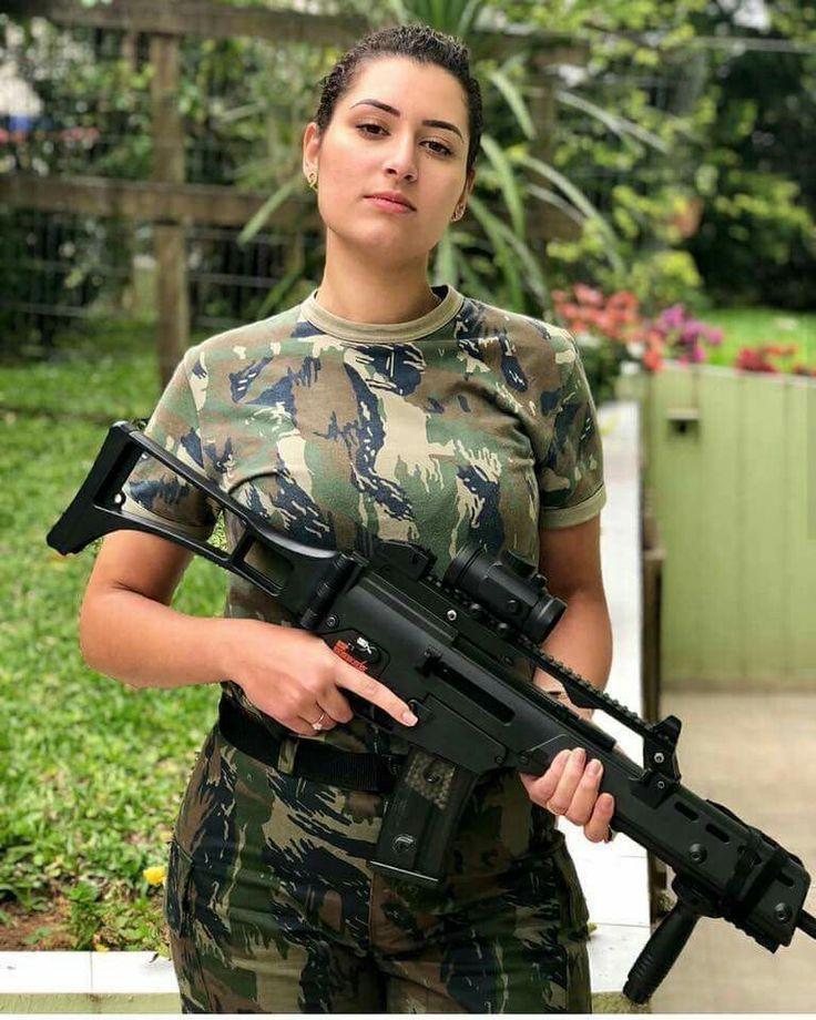 Girls With Guns  Sexy Guns And Buns Sexy Girls Hot -1559