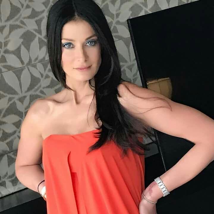 Dayanara Torres, former Miss Universe 1/2017