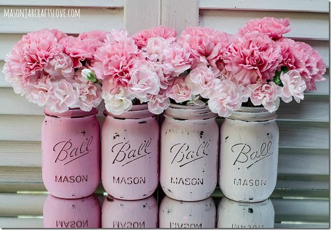 Painted Mason Jars: Pink. Just ordered 3 to paint as I love this look and need some pen holders too.