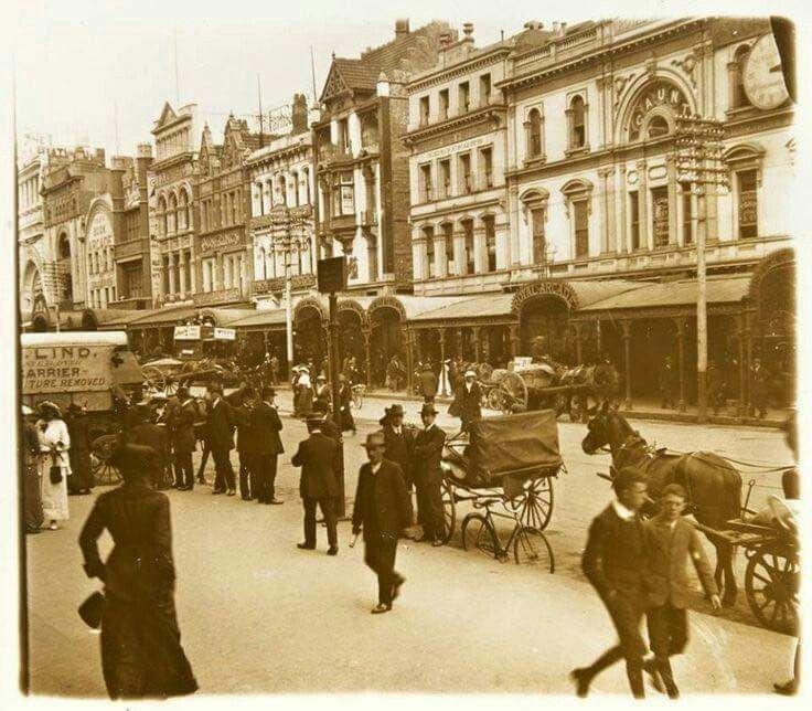 Bourke St in Melbourne,Victoria in 1898.