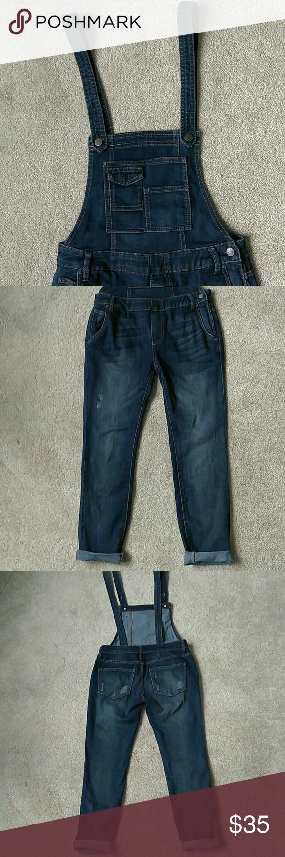 FREE PEOPLE Dark Wash Jeans Overalls Size 25 / 0 FREE PEOPLE Dark Wash Jeans Overalls. Size 25 / 0. Cute Free People Overalls. Free People Dark Wash Jeans. Free People Jeans Overalls
