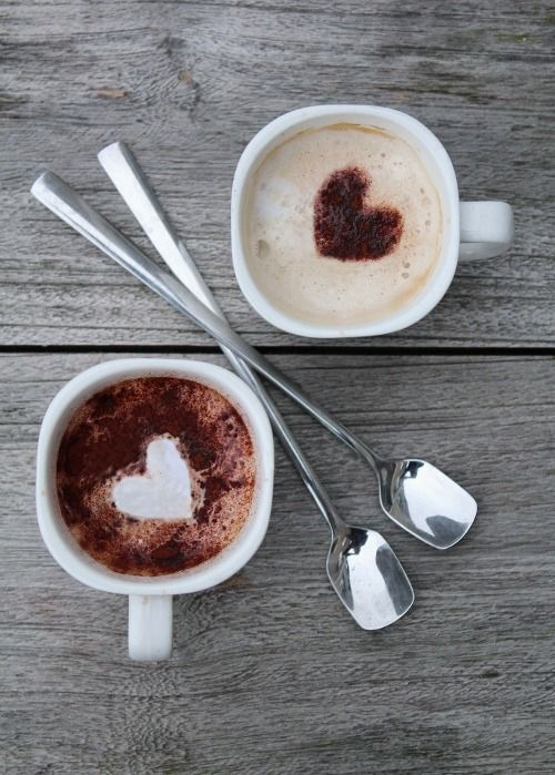 Две чашки кофе с сердечками Coffee | コーヒー | Café | Caffè | кофе | Kaffee | Kō hī | Java | Caffeine |