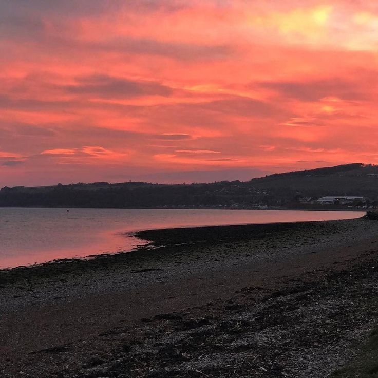 Unbelievably beautiful sunset tonight over the Moray Firth in Inverness. I went out to watch for dolphins but couldn't look away from the sky tonight! #fortrose #inverness #blackisle #morayfirth #sunset